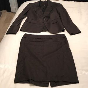 The Limited suiting. Chocolate brown suit set.